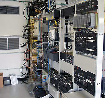 communication_equipment_rack-4
